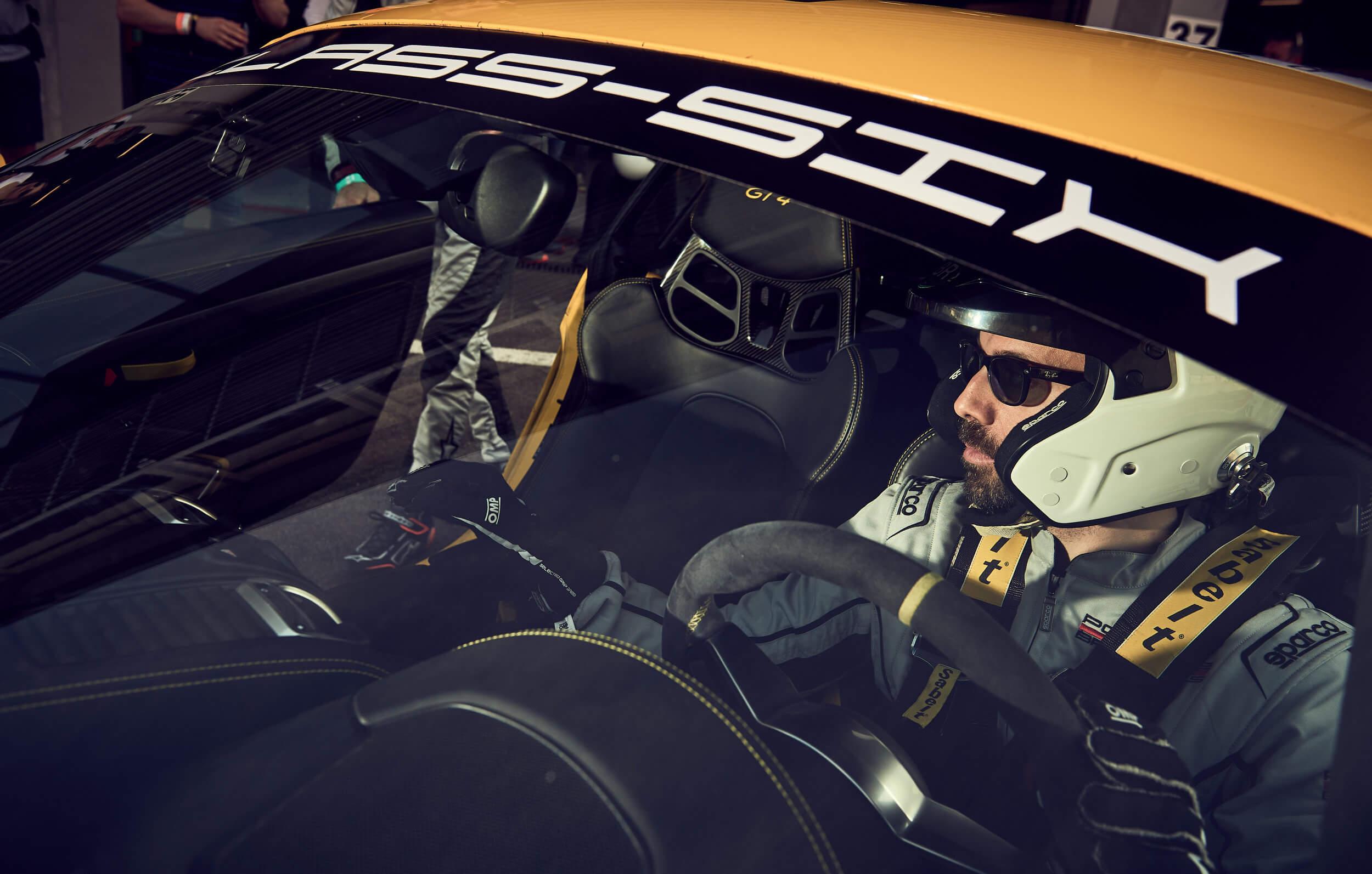Cours De Conduite Porsche Stages De Pilotages Et Baptemes Piste