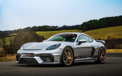 Manthey-Racing présente Porsche Cayman GT4 MR